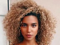 Five curly hairstyles for busy women